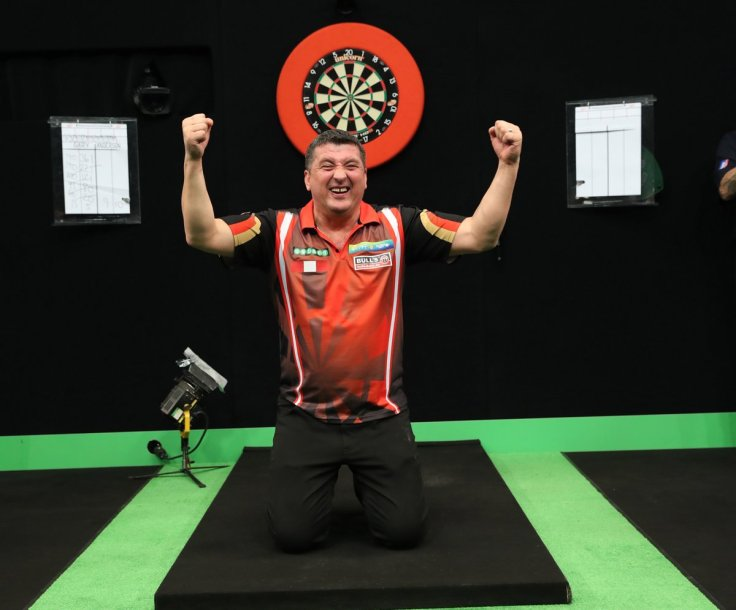 Suljovic German Darts Masters.jpg